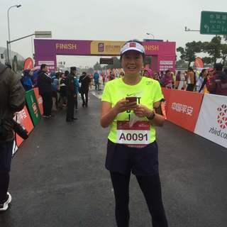 2015上海浦东女子半程马拉松