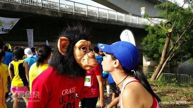 2015渣打银行新加坡马拉松赛