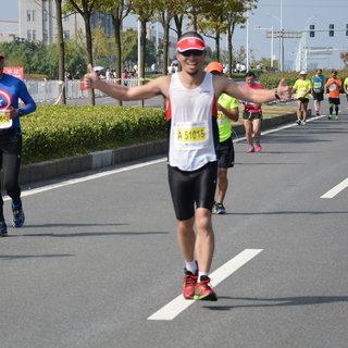 2015宁波国际马拉松 王焕 10:23-10:36