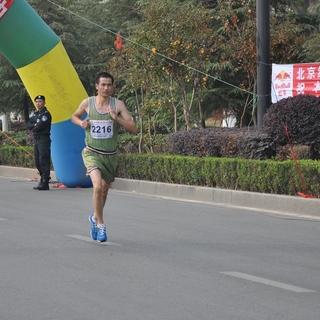上饶马拉松21公里处\10.32-10.36