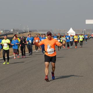 5公里处,10:26-20:52