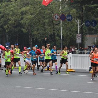 2018深圳马拉松 深圳国际马拉松赛 照片 爱燃烧